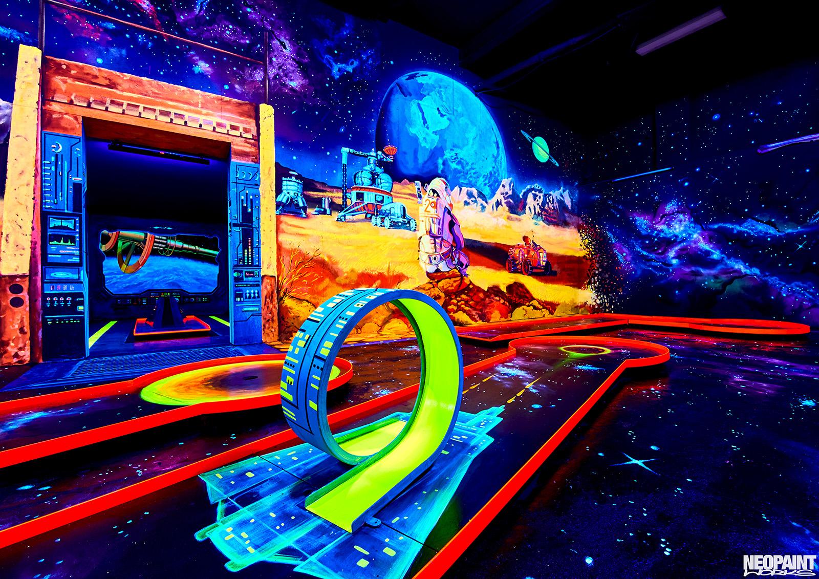 UV festés - fluoreszkáló festmény - neopaint works - űr (4)