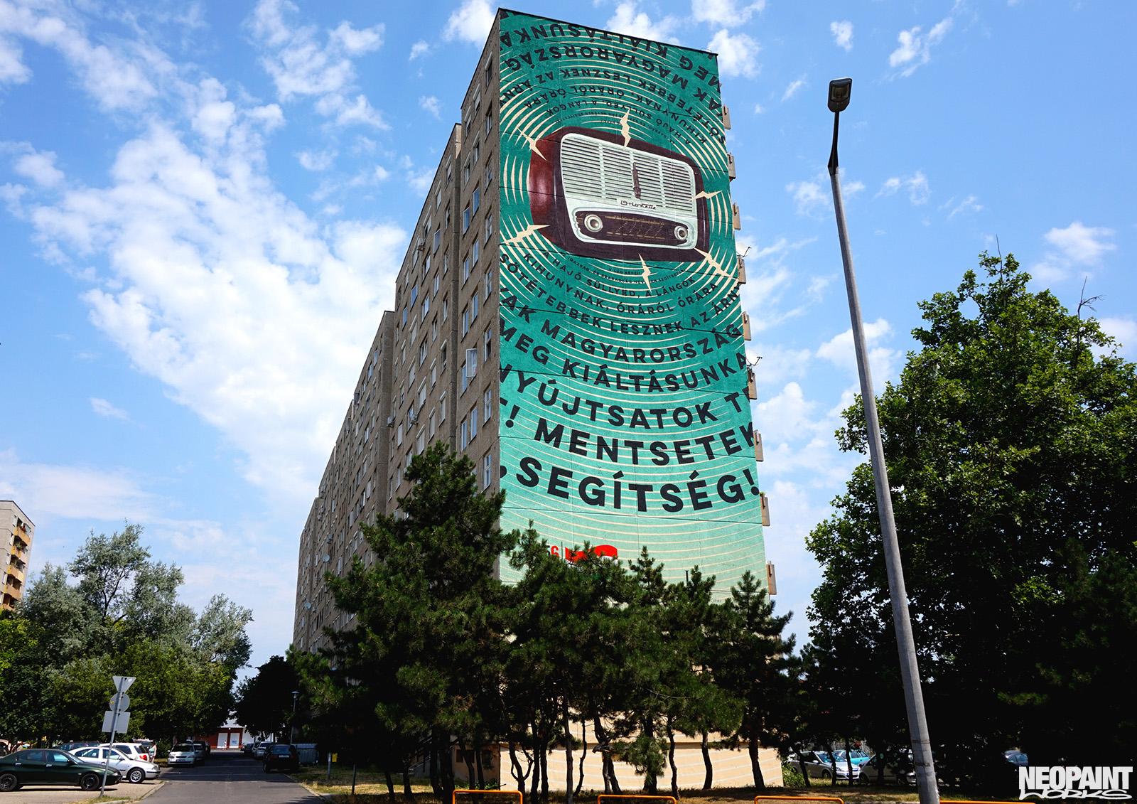 neopaint works - nagy méretű falfestmény panelház - 1956 rádió